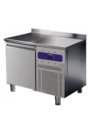 Tavolo refrigerato 1 porta GN 1/1 con alzatina, -2°/+8°C