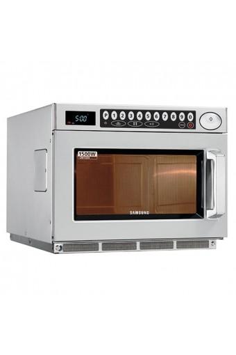 Forno a microonde samsung capacità digitale, 26 litri/gn 2/3, massimo 1500 watt.