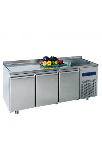 Tavolo refrigerato da 700 mm a 3 porte con vasca 35x40x20h mm a destra e alzatina, -2°/+8°C