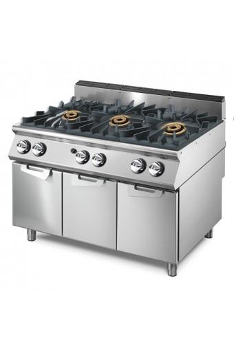 Cucina a gas con 3 bruciatori da 16 kW su vano con porte