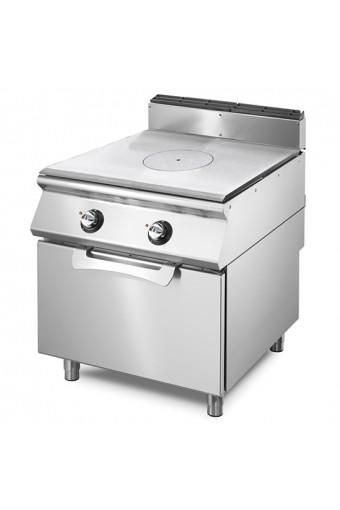 Cucina tutta piastra elettrica su forno elet. statico